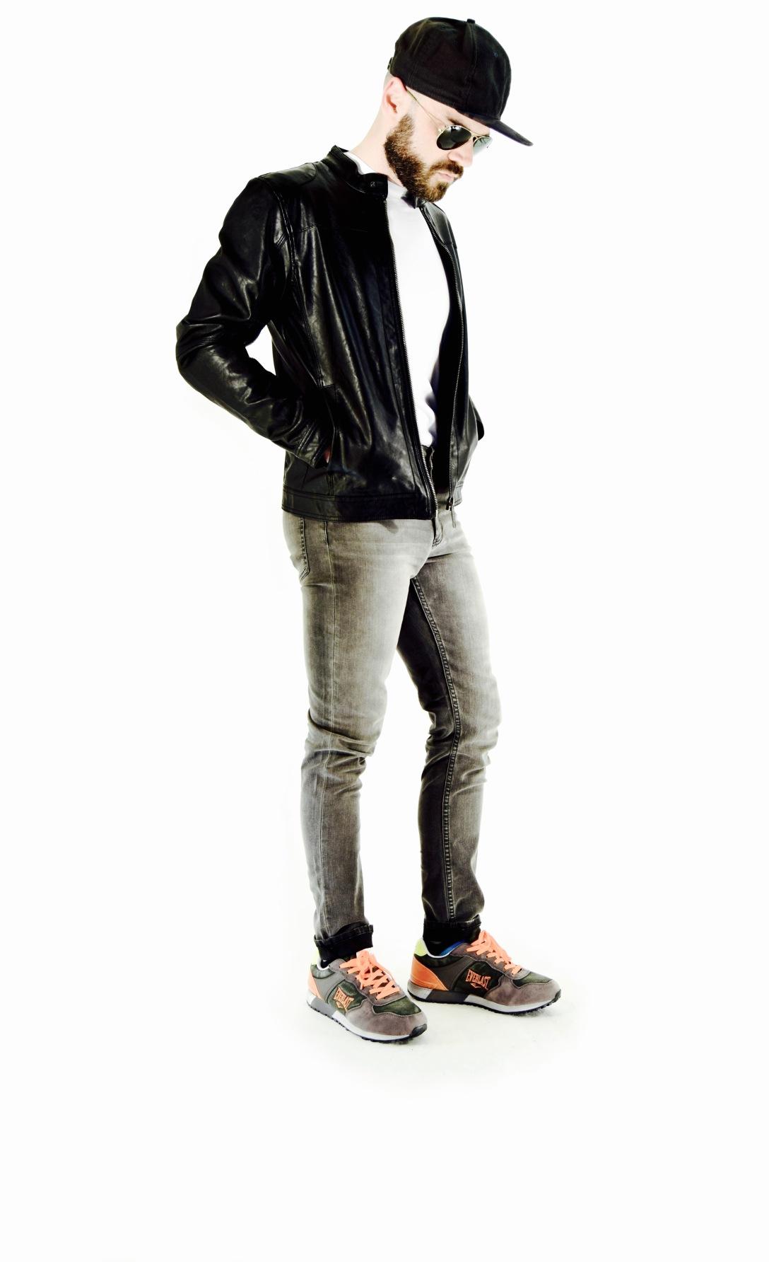 fashionblogger, rayban, hat, jacket, jeans,